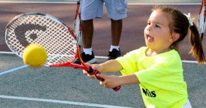 אימון יתר לטניסאים צעירים