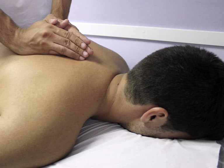 כאבי גב עליון טיפול