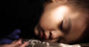 תנו לילדים לישון