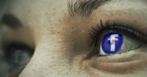 פייסבוק גורמת לעשיית דיאטת כאסח