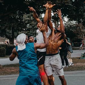 פציעות ספורט בקרב בני נוער