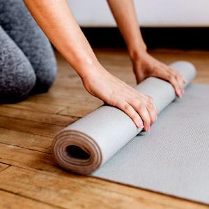 יוגה מפחיתה את לחץ הדם