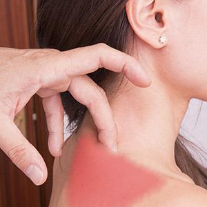כאבי גב עליון גורמים