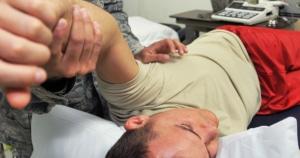 תת פריקת כתף, אבחון וטיפול