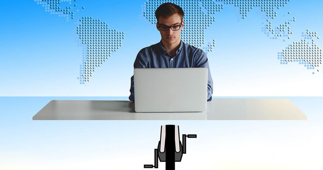לעבוד במשרד ולדווש