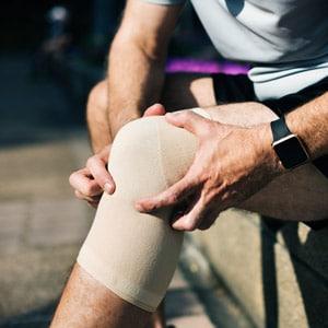 להתאמן עם כאב בברך