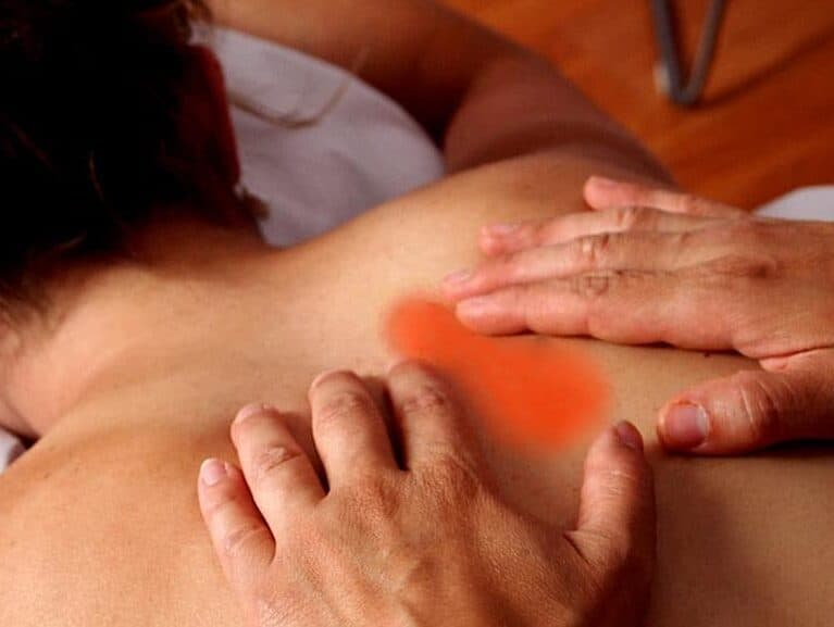 כאב בעמוד שדרה טורקלי מה עושים