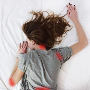 כך תפסיקו לישון על הבטן